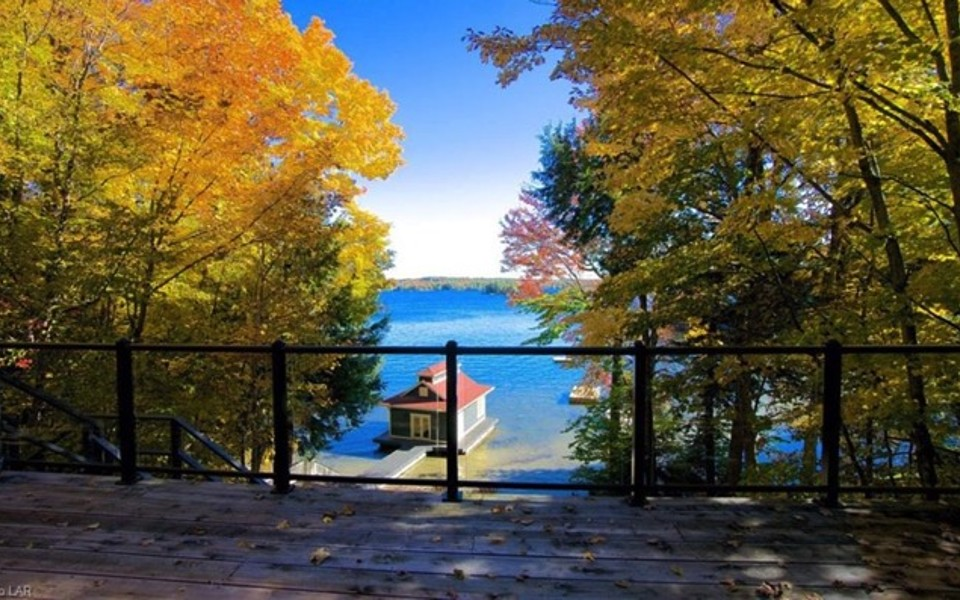 SOLD - LAKE ROSSEAU
