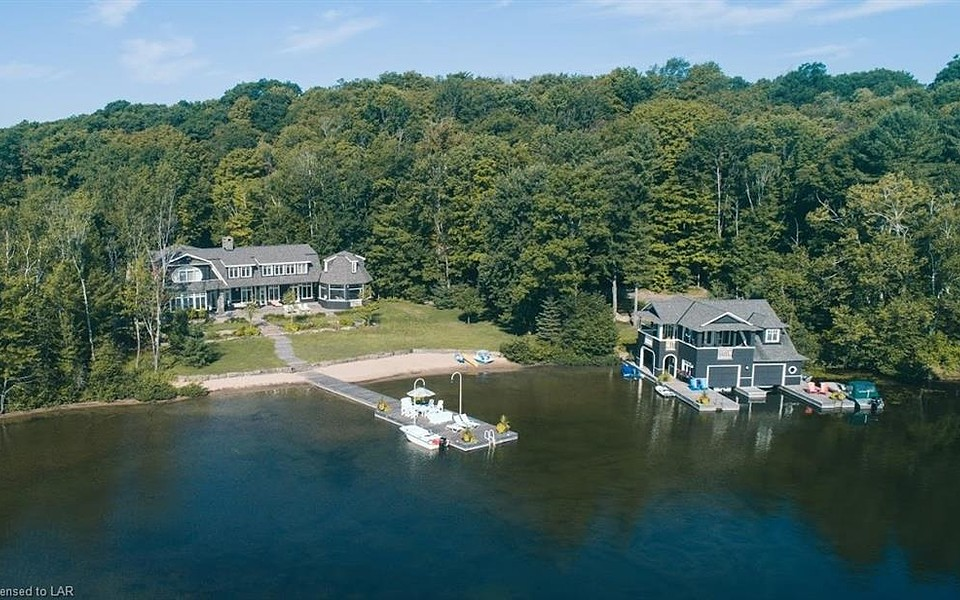 SOLD - Lake Rosseau Estate